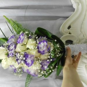 ורדים וליזיאנטוס צורת טיפה (Small)