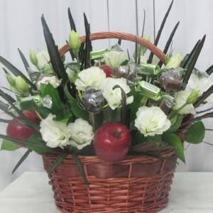 פרחי שוקולד בשילוב פירות