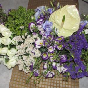 רנר של פרחים 3